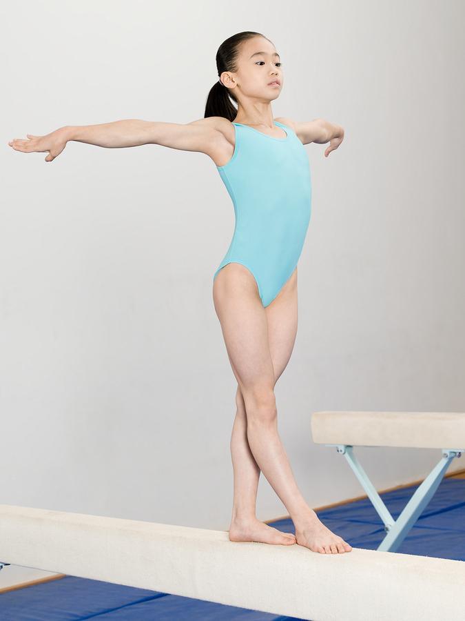 girl-balance-beam.jpg