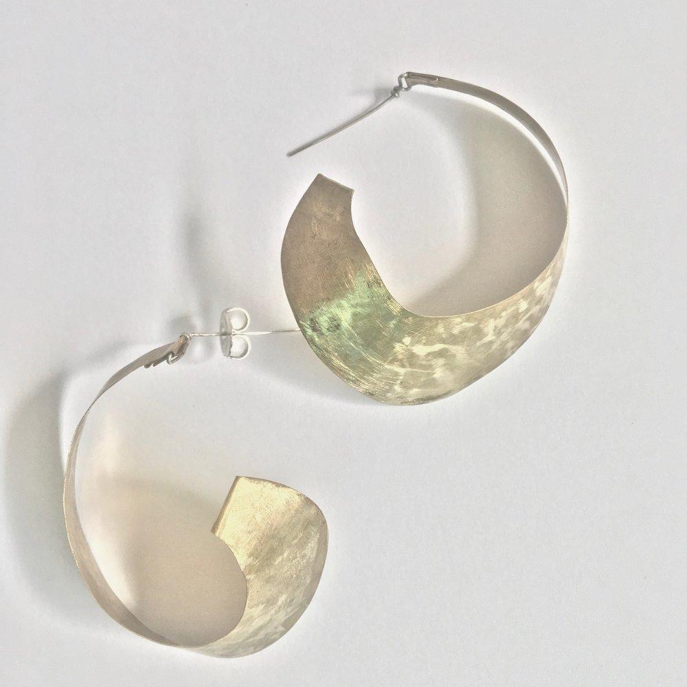 capsule_earrings_brasshoops.jpg