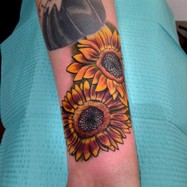 color Justin Turkus Philadelphia fine line lettering tattoo artist sunflowers sunflower coverup.jpg