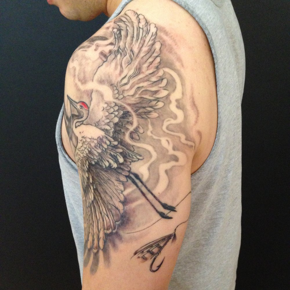 bg Justin Turkus Philadelphia fine line lettering best tattoo Artist crane back fly.jpg