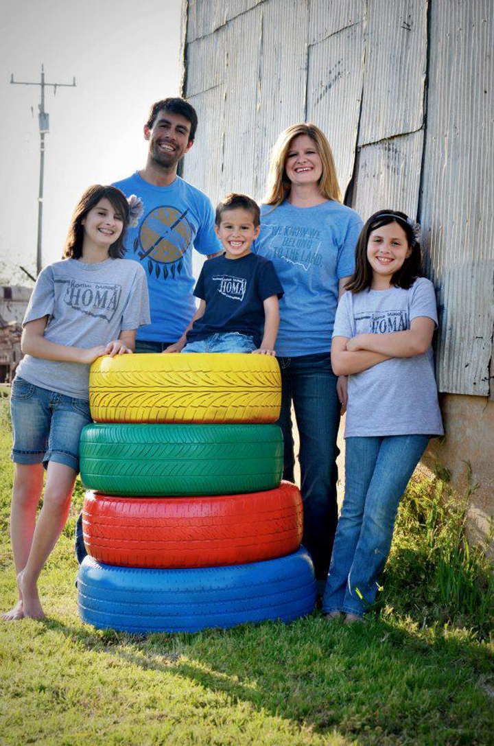 Kelley Ross   and her posse were about to take family photos when they realized the only shirts they had that matched were T&L Oklahoma tees! These are awesome photos! Thank you for making T&L timeless!
