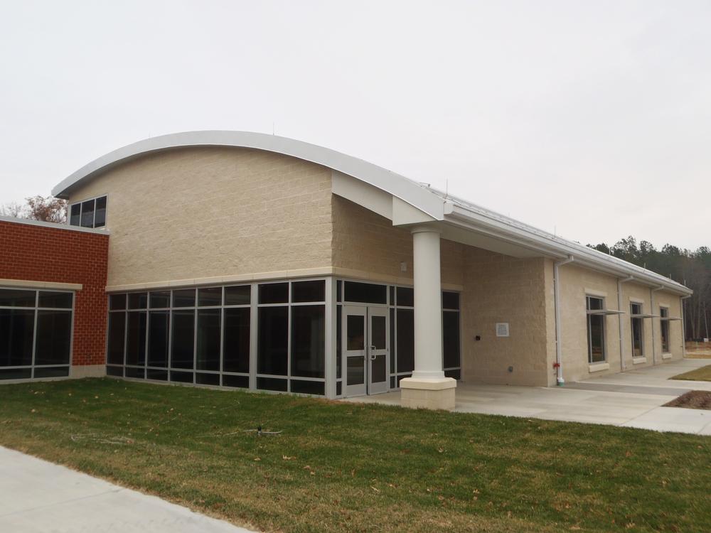 P140 Communications Building