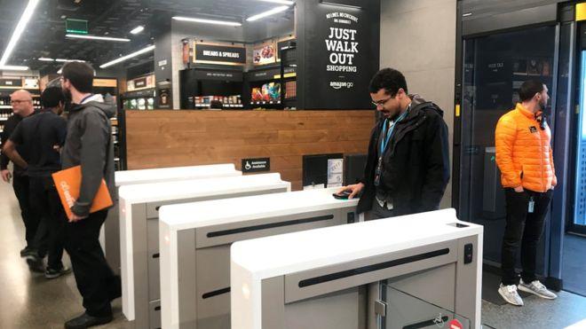 amazon supermarket.jpg
