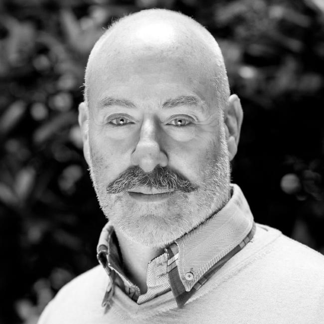 Giles Fuchs Headshot 2018 (2).jpg