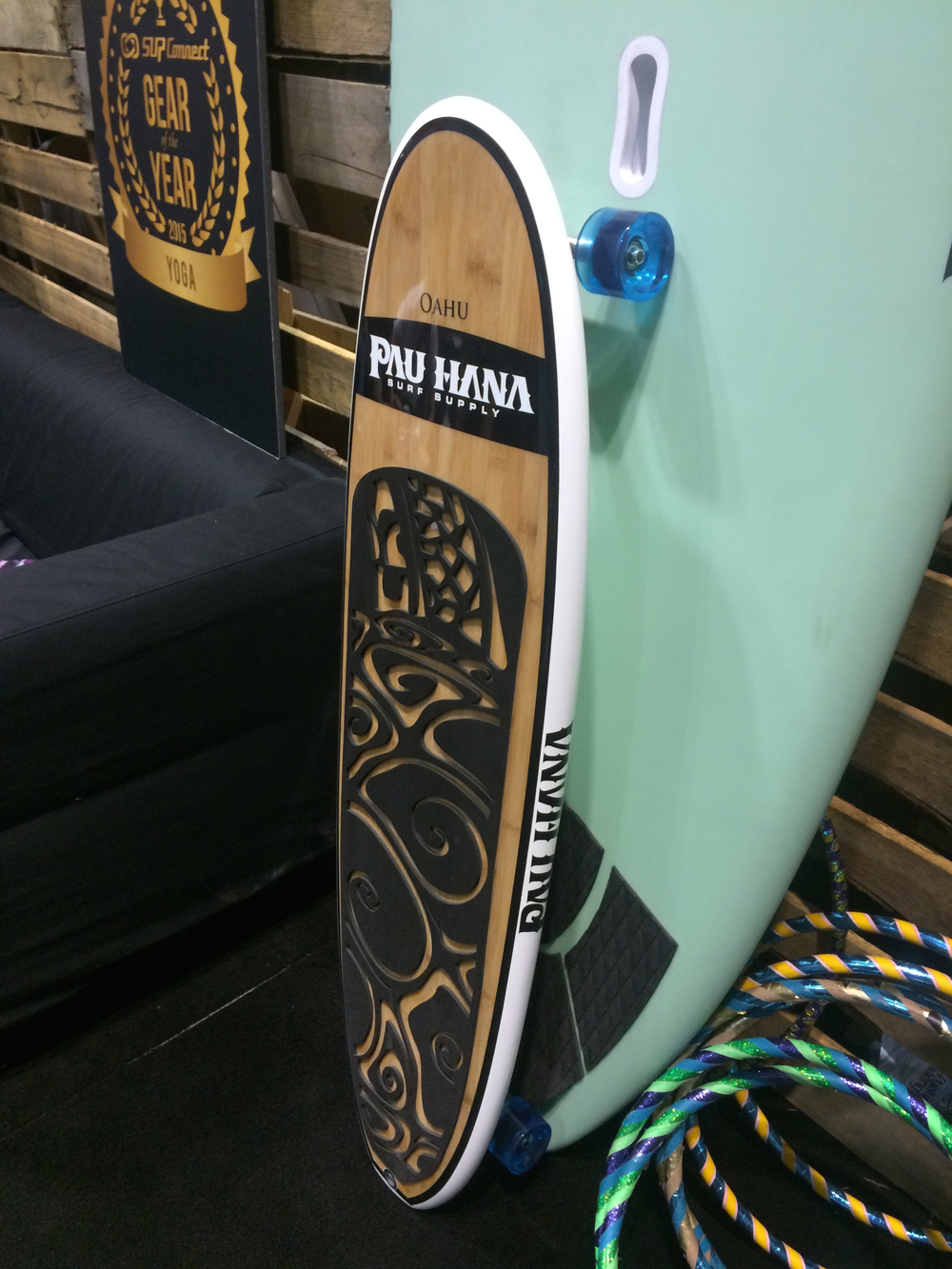 Downsized SUP becomes a skateboard