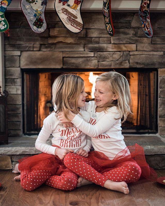 Love these sweet little girls 💕 #christmascountdown #neicesarethebest