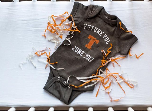 Hello wonderful followers!! So today I have very exciting news, We are pregnant!! Yay! We are super excited and can't wait to start this new adventure. #vols #baby