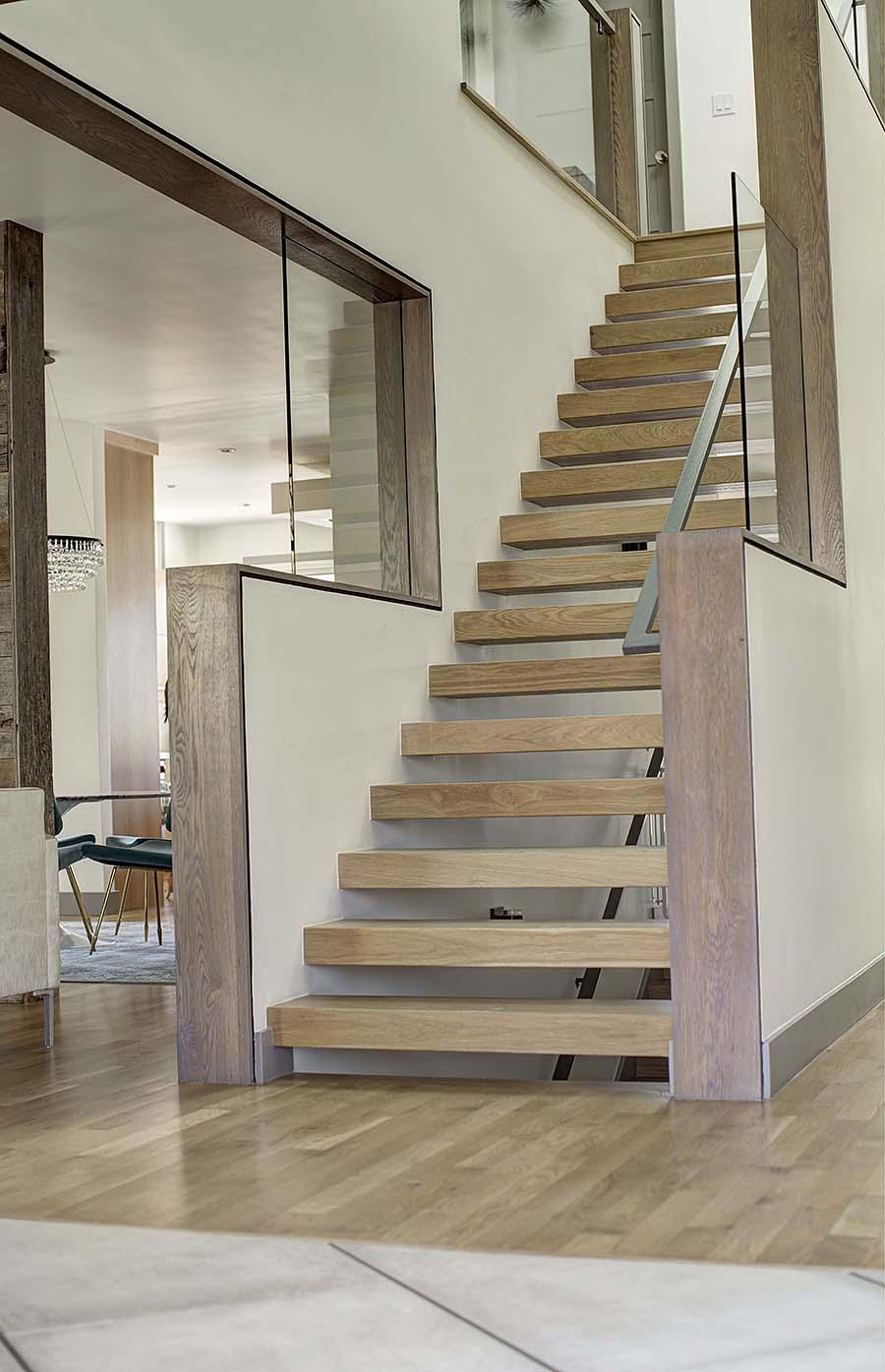 stairs dining.jpg