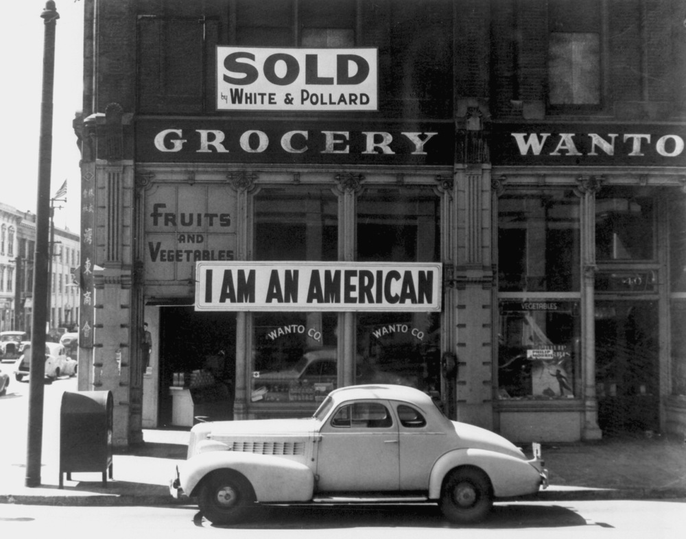 Oakland, California, 1942. Photograph by Dorothea Lange.