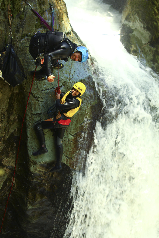 chrissihernandez-newzealand-queenstown-canyoneering-01