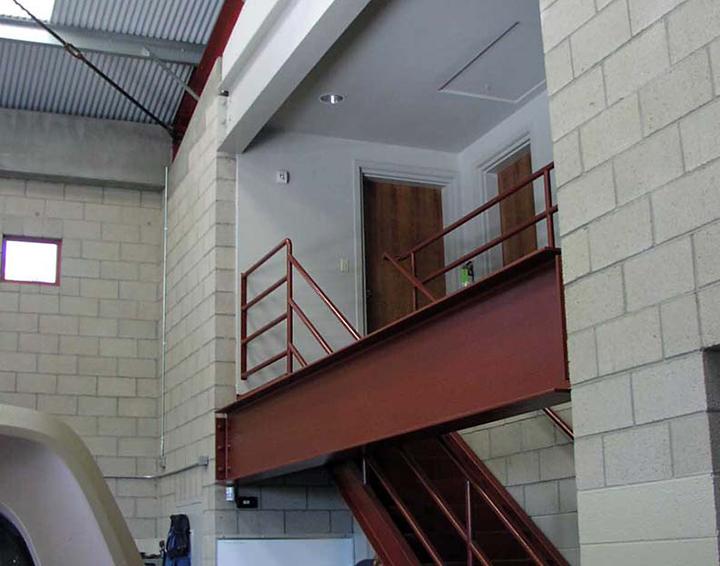 Garage Interior02.jpg
