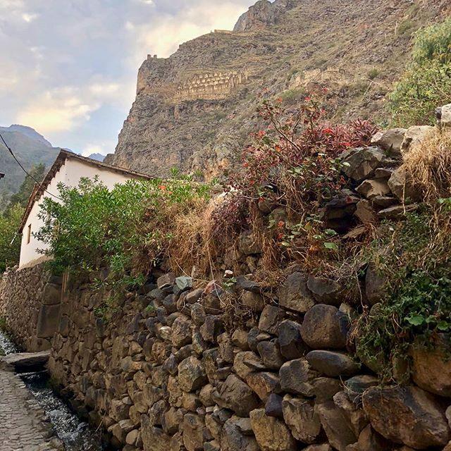 Peru 🇵🇪 Vol. 2 ...a bit of Ollantaytambo and start of the Inca Trail