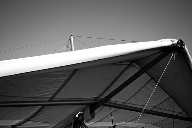 Hang+Gliding-2.jpg