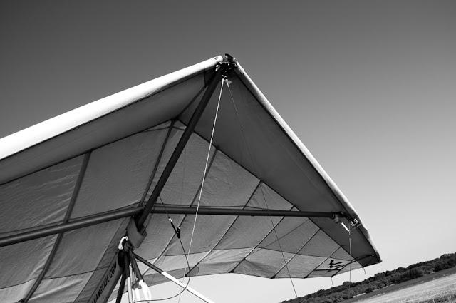 Hang+Gliding-3.jpg
