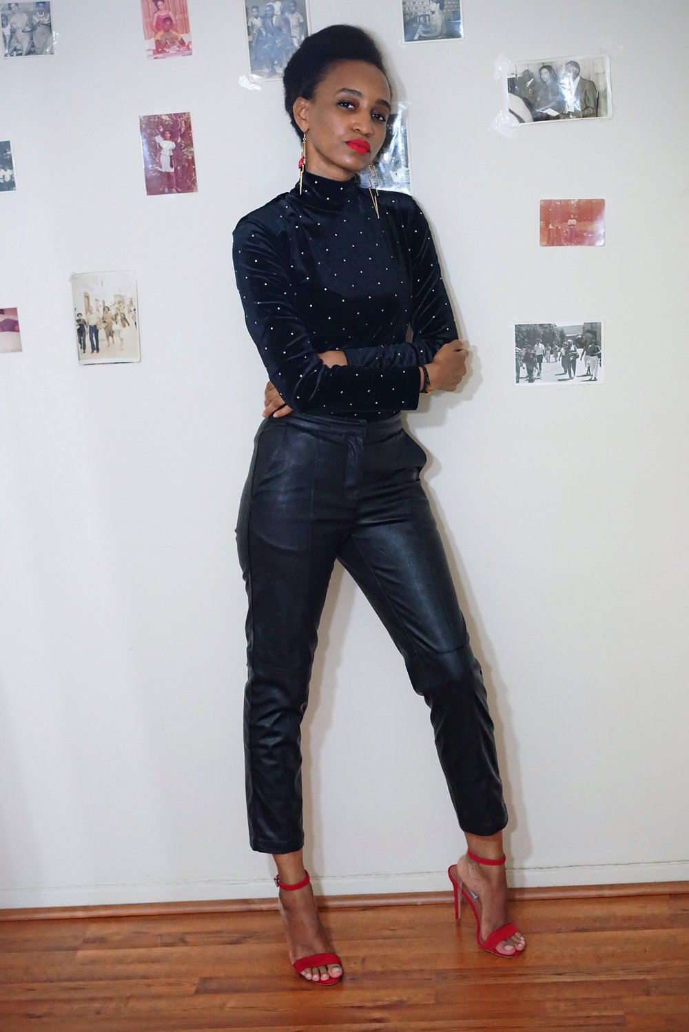 christine_the_style_d_affaire_h&m_turtleneck_sweater_faux_leather_pants_Smashbox_Always_On_Matte_Liquid_Lipstick_earrings_rouge.JPG