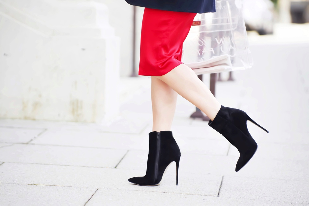 black_ankle_booties