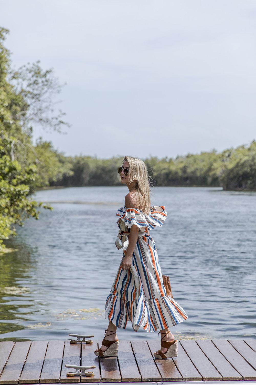 off-the-shoulder-summer-dress-lulus-3