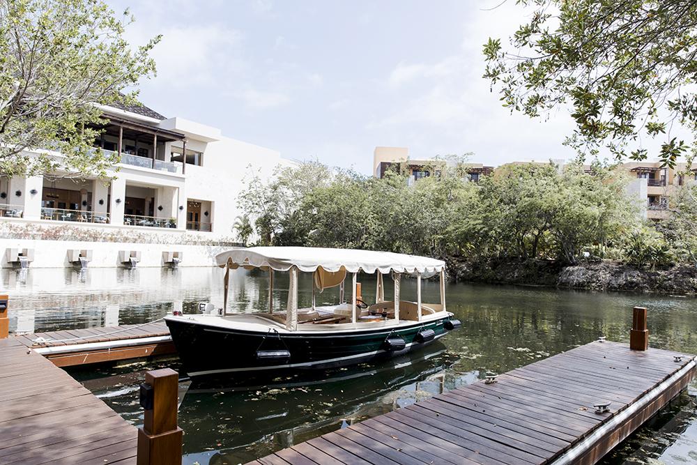 fairmont-mayakoba-boat-tour