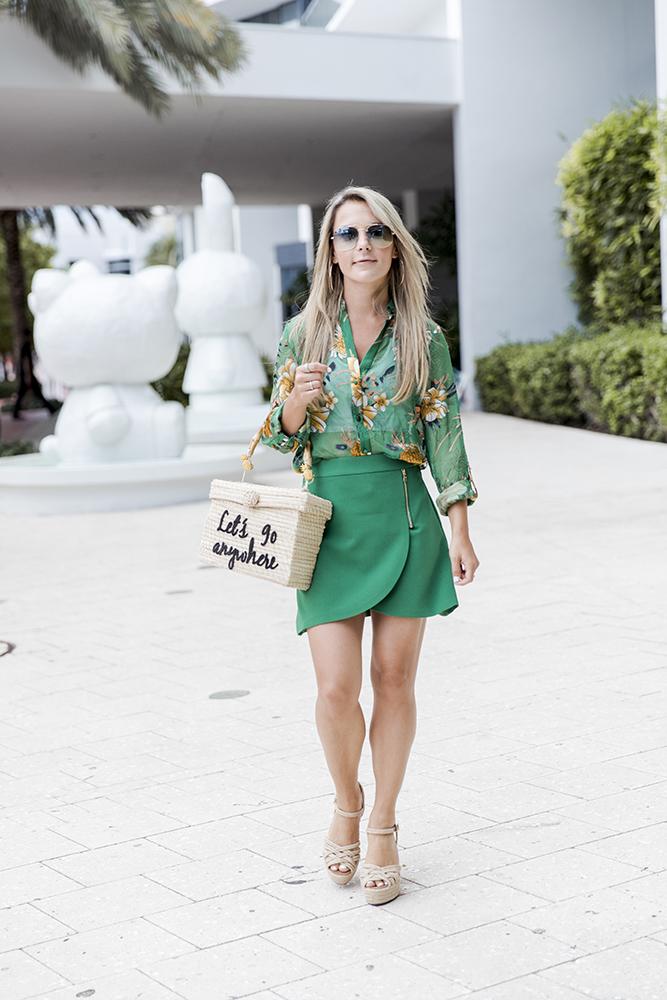 alice-olivia-blouse-skirt