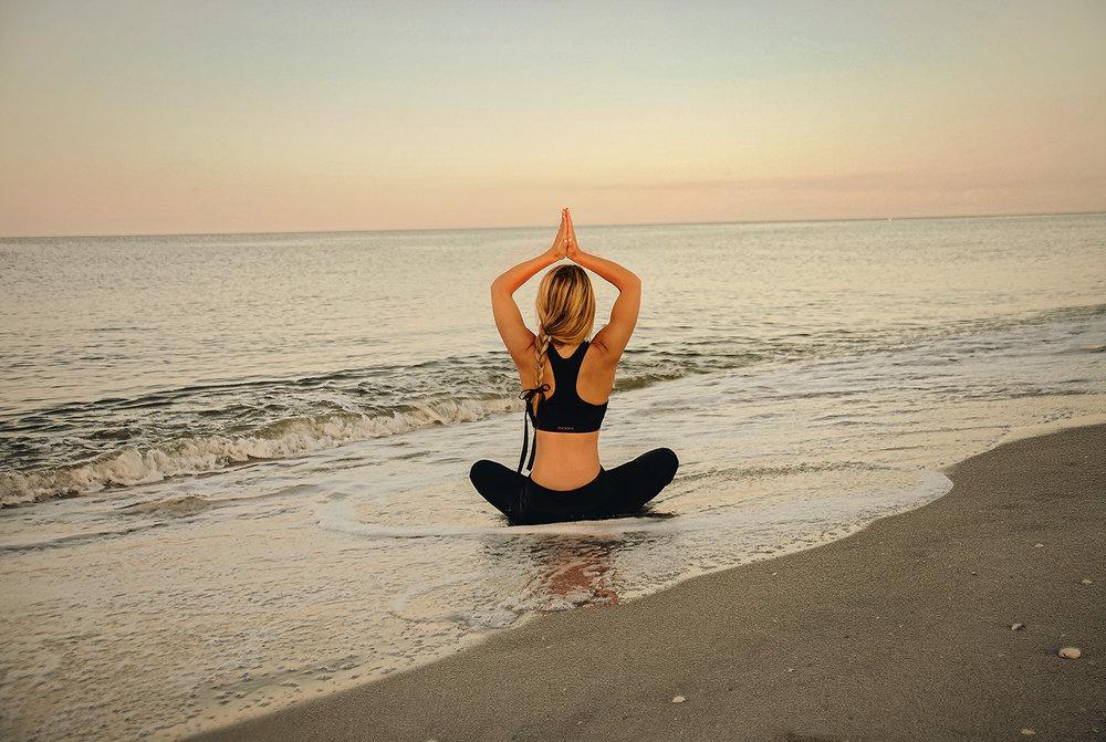 jockey-leggings-sports-bra-yoga