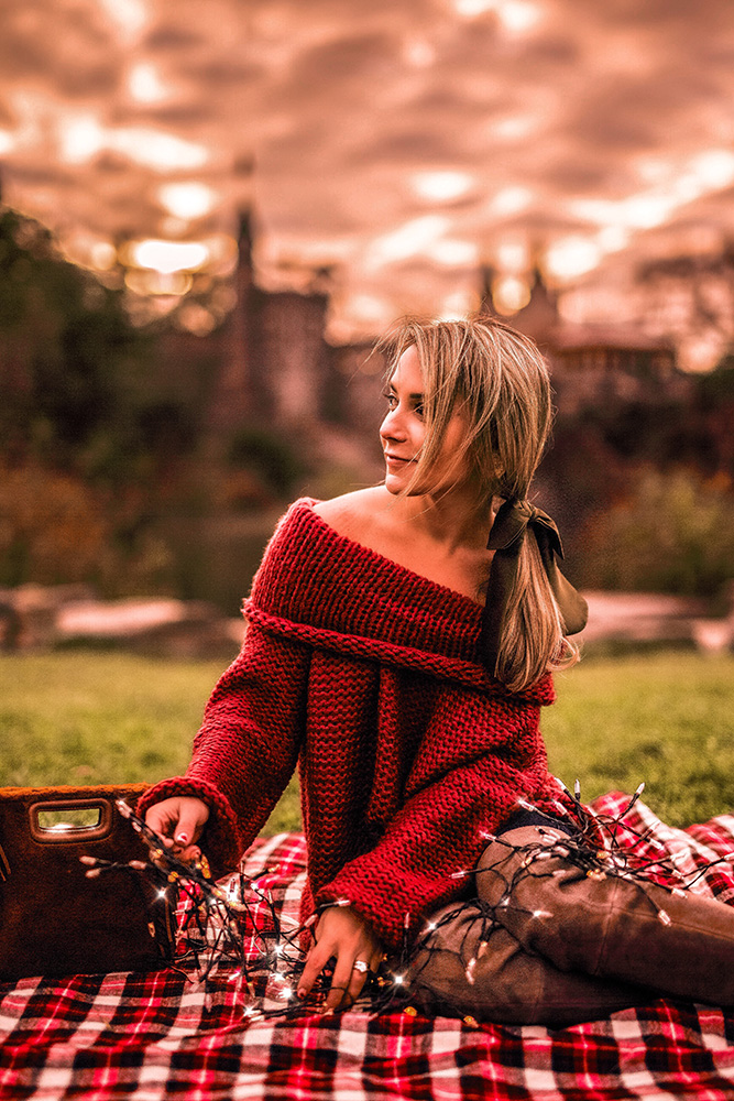 vici-collection-red-sweater