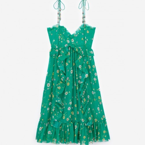 what-to-wear-summer-weekend-getaway-green-dress