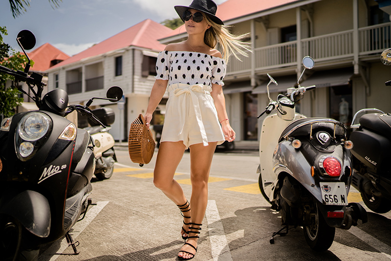 linen-shorts-christie-ferrari-4