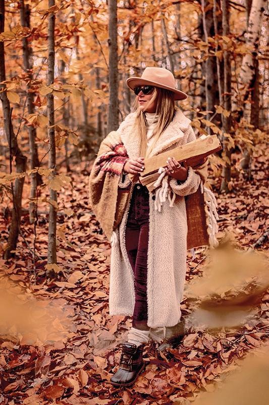 cozy-coat-warm-coat-winter-coat-christie-ferrari-1