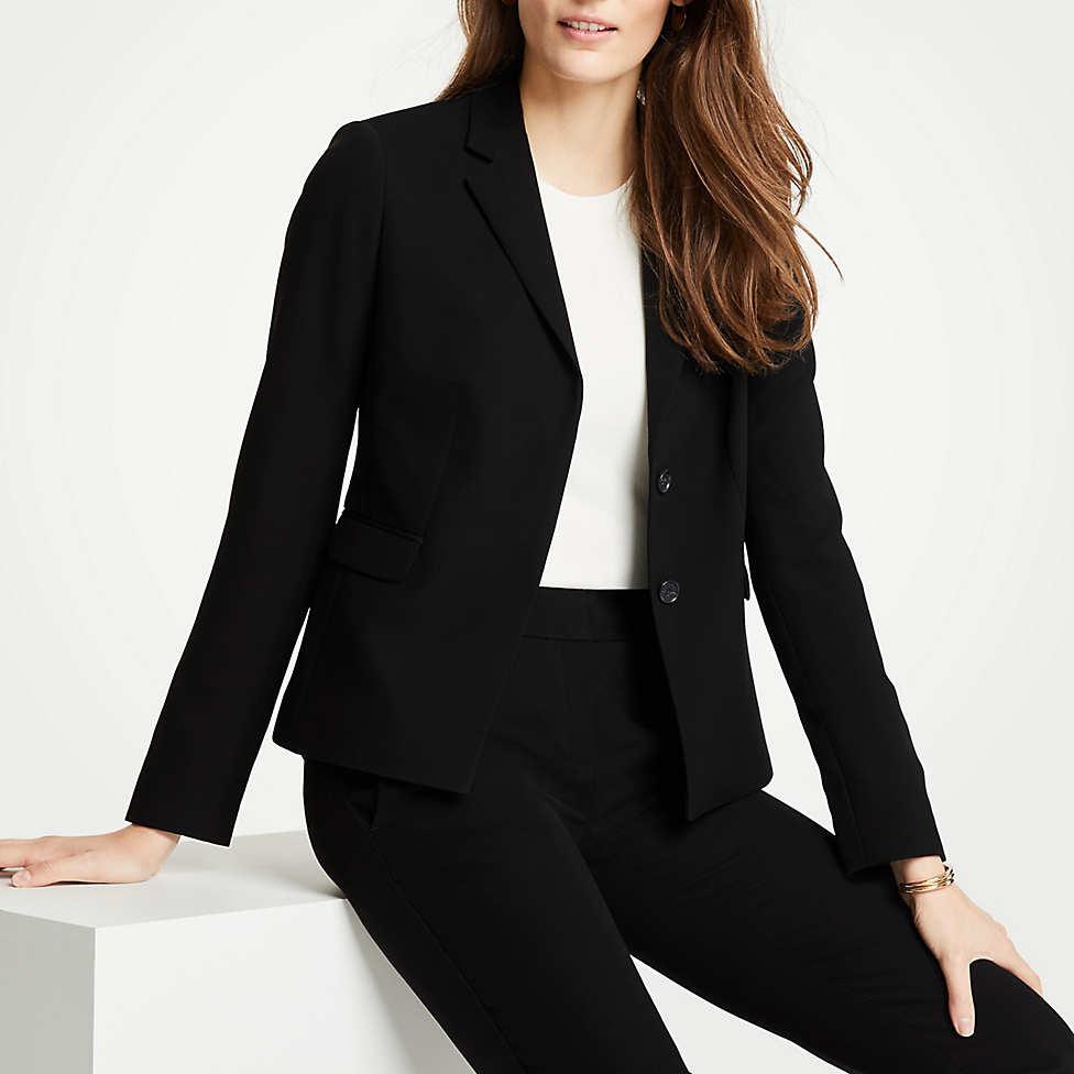 black-suit-christie-ferrari-dr-c-2