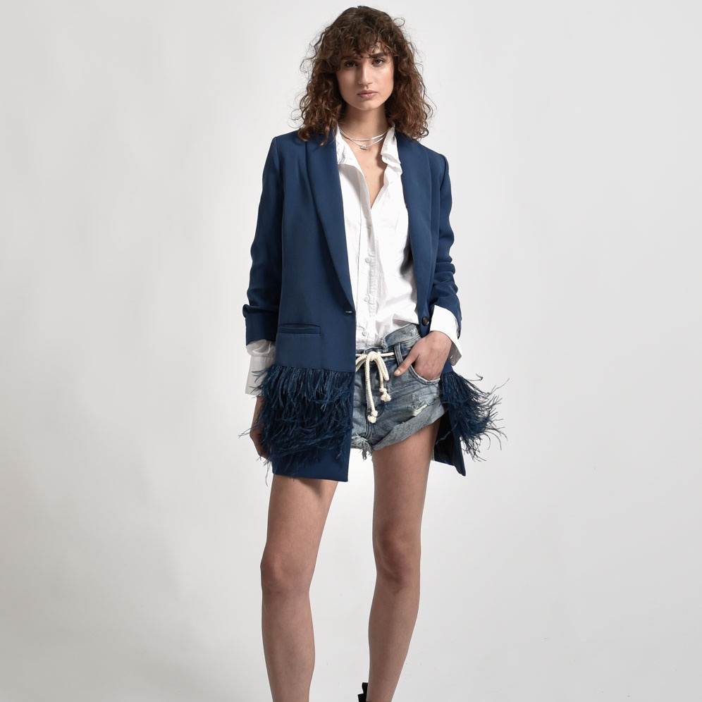 feather-blazer-spring-trend