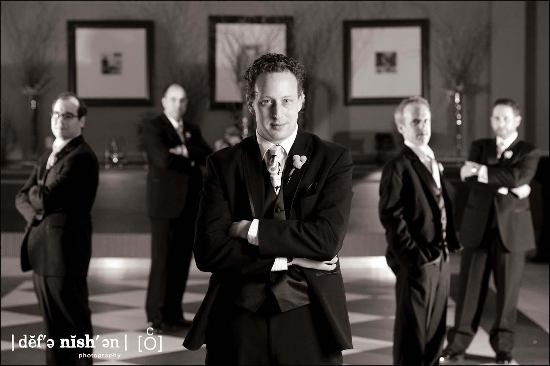groomsmen_pose