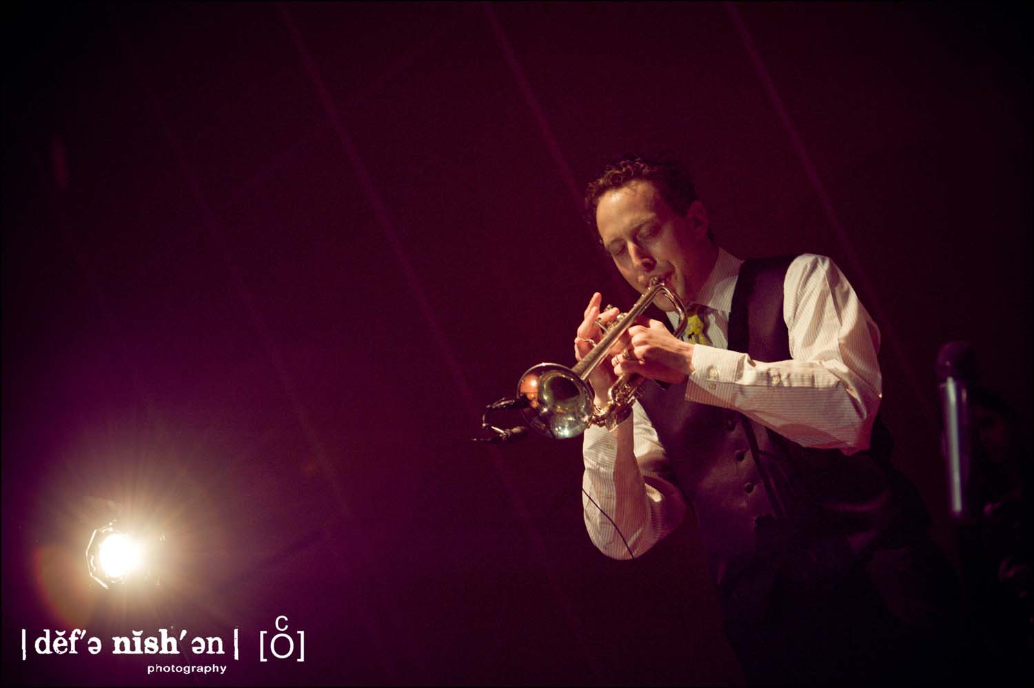 groom_playing_trumpet