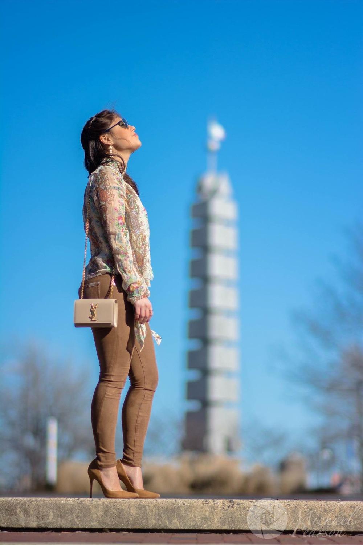Top: Intermix/ Pants: 7 for all Mankind/ Pumps: Schutz/ Bag: Saint Laurent/Sunglasses: Dior