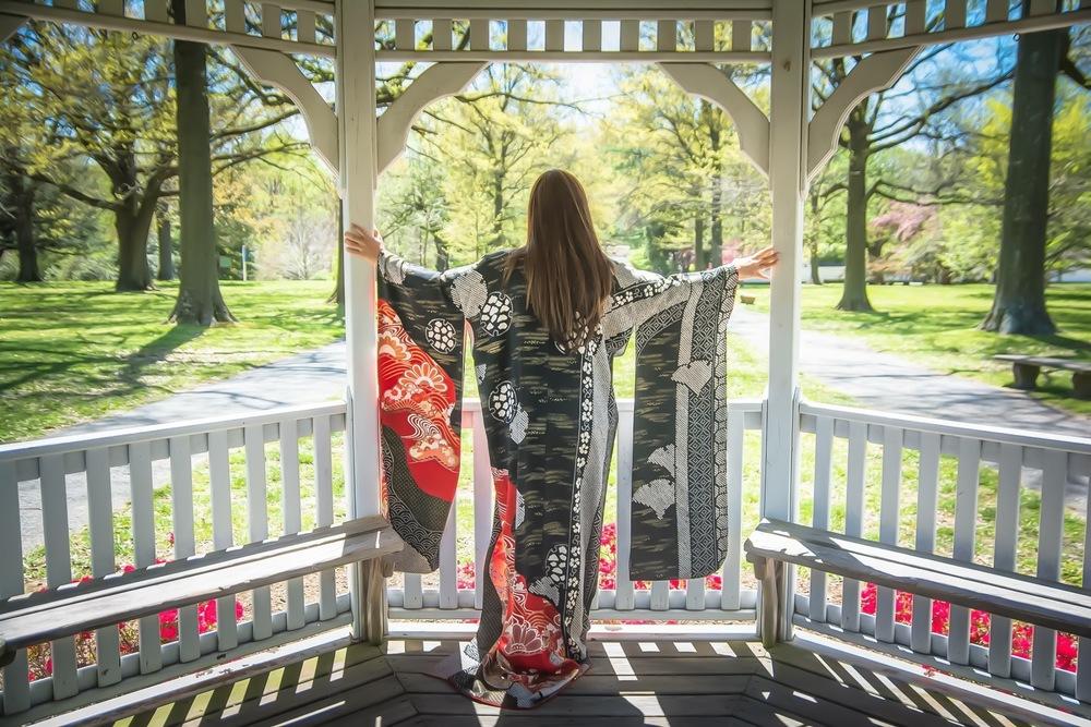 Vintage Kimono : Kimono House NYC.Post Edo period (1870), satin silk, ink painting and embroidery in silk and metallic threads.