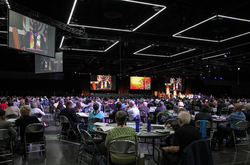 864 delegates gather for Opening Worship on May 10 in Portland, OR.  Photo credit: Maile Bradfield, UMNS.