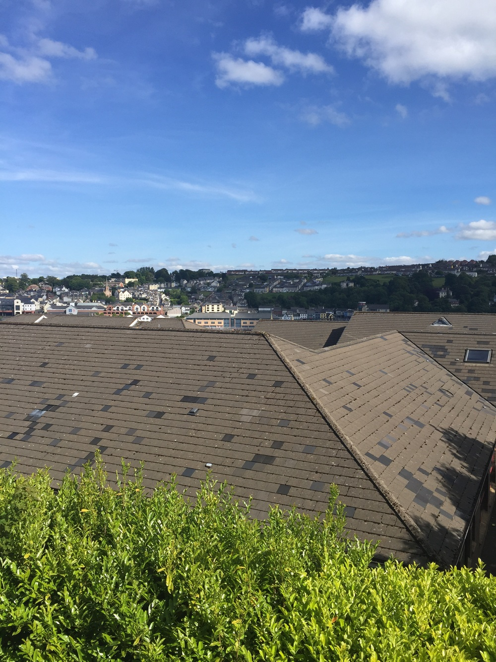 Hello rooftops of Londonderry/Derry!