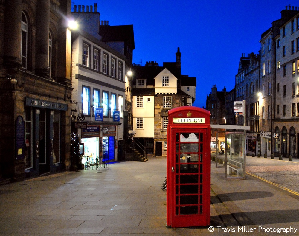 The Royal Mile /   Edinburgh, Scotland