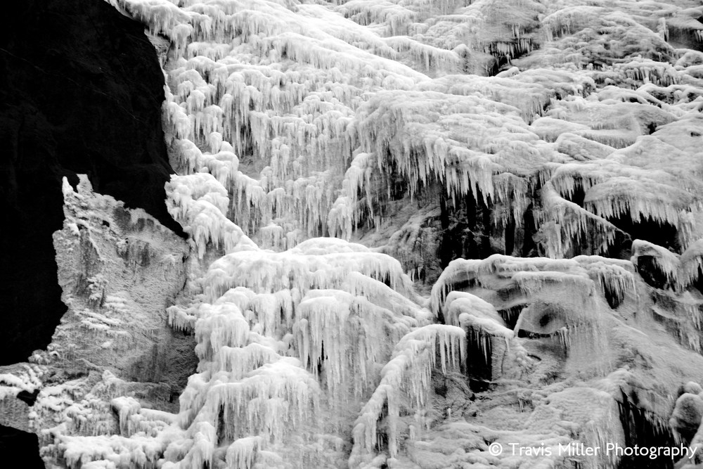 Icicles, Cascading /     Yosemite Valley, CA