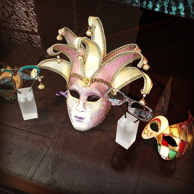 Masks and eyeglasses #centralvisioncare