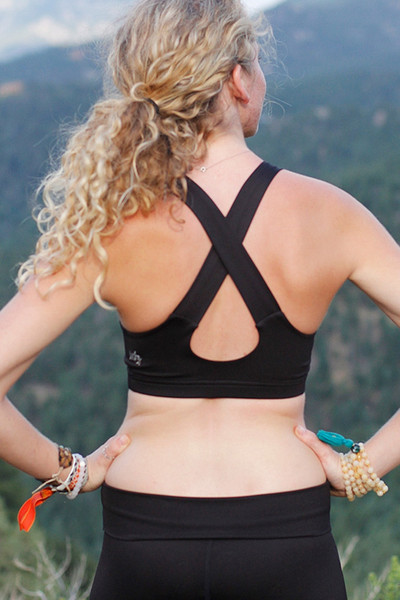 kiera-top-black-0012007-mika-yoga-wear_grande.jpeg