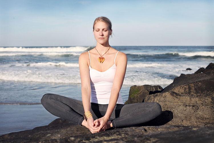 Traveling Yogis Yoga Pose 4.jpg