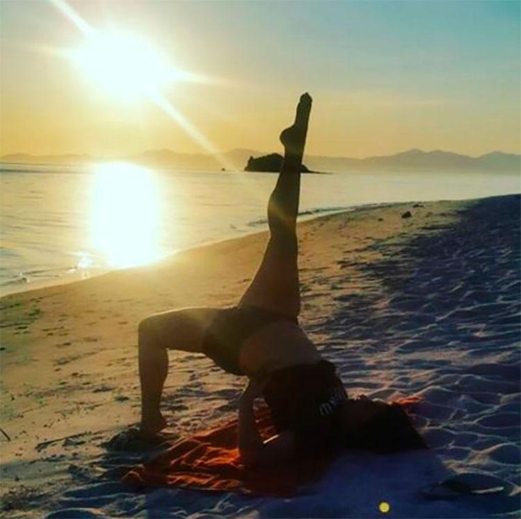 Traveling Yogis Yoga Pose 23.jpg