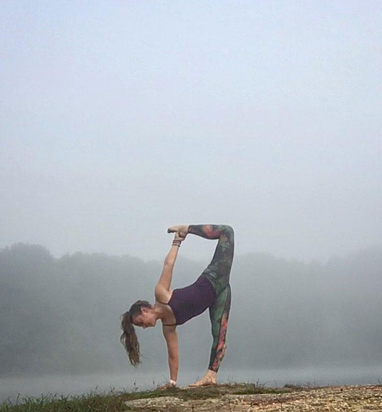 Traveling Yogis Yoga Pose 28.jpg