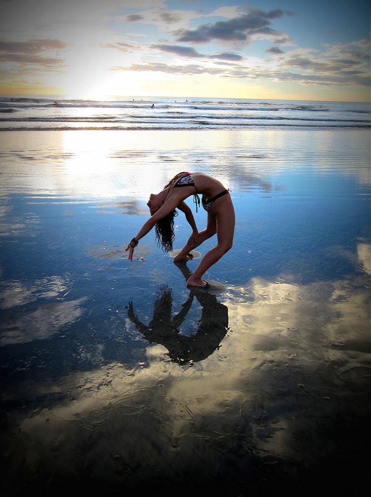Traveling Yogis Yoga Pose 100.jpg