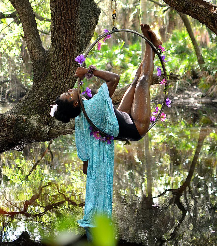 Mika-Yoga-Wear-Lyra36.jpg