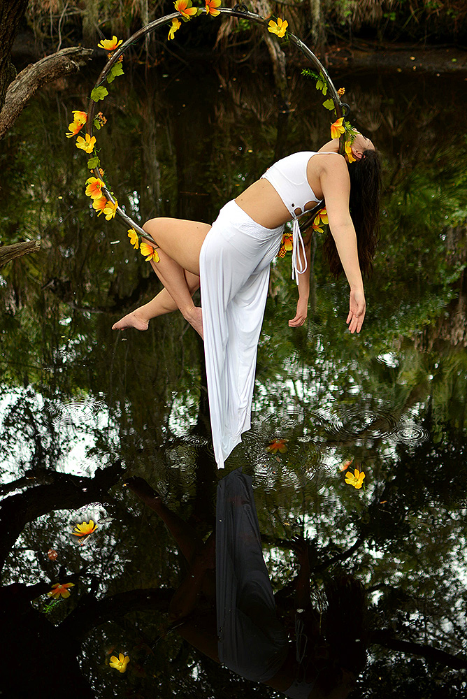 Mika-Yoga-Wear-Lyra42.jpg