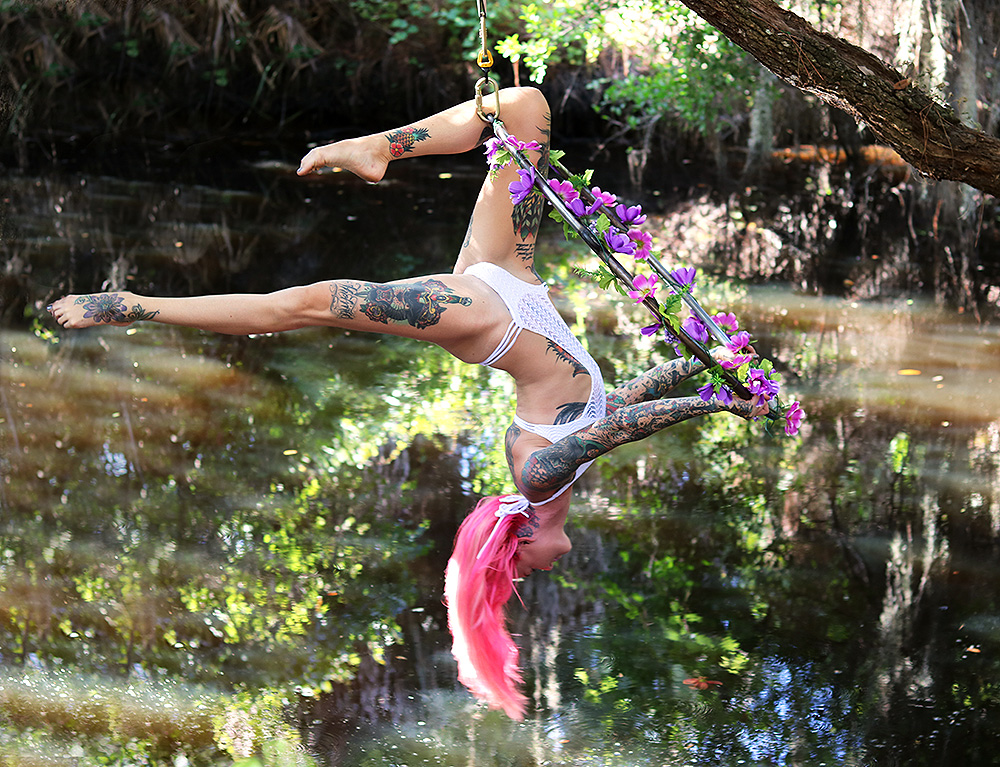 Mika-Yoga-Wear-Lyra31.jpg