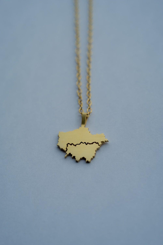 London pendant, gold