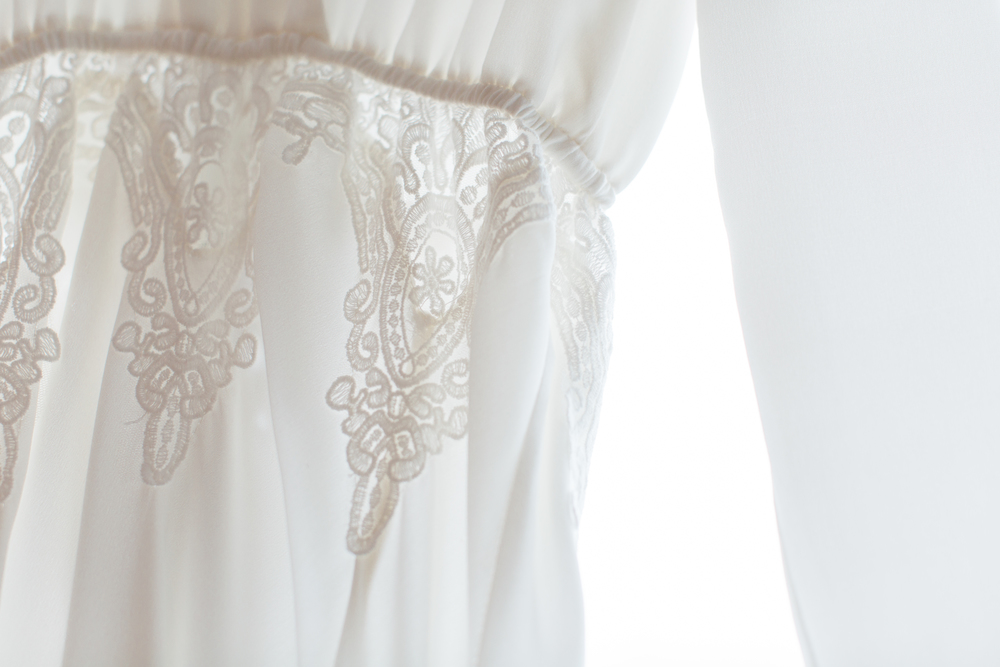 02-wedding-dress-details.jpg