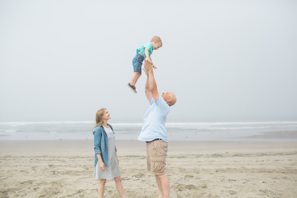 beach-family-session-102.jpg